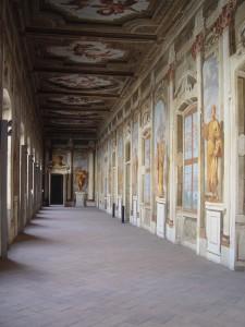 37CE Galleria delle statue (1)