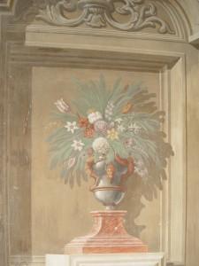 45CE Stanza dipinta ad architettura e vasi di fiori (5)