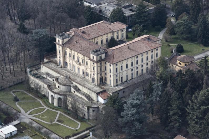 25LI Le fotografie da elicottero di Villa Pusterla (3)