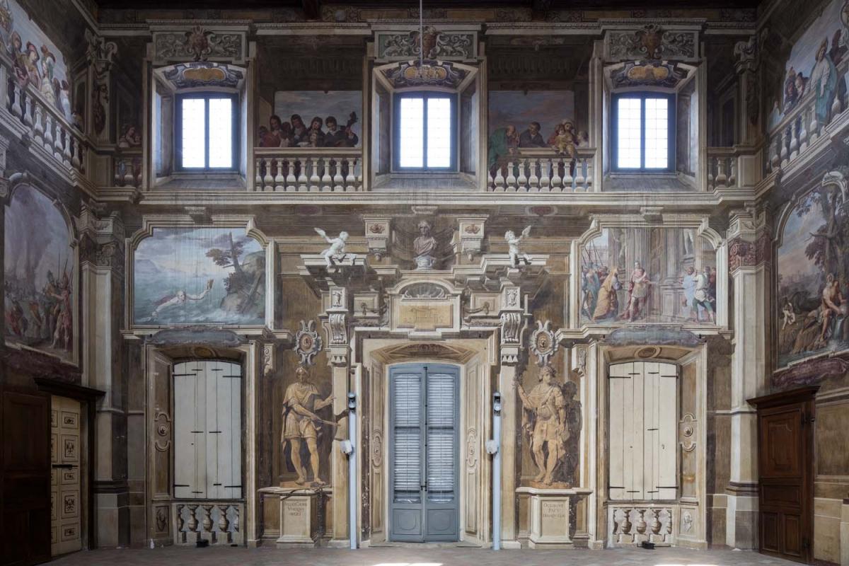 Sala dei fasti romani o grande salone ville gentilizie lombarde - Archi salone per interno ...