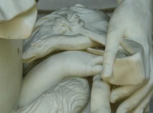30-Scultura-del-Ninfeo-raffigurante-il-Sole-21-795x596
