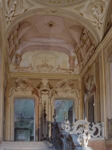 Castellazzo di Bollate, Villa Arconati, particolare dello Scalone d'onore (Fototeca ISAL, fotografia di Ferdinando Zanzottera)