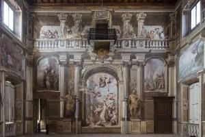 Villa Arconati a Castellazzo di Bollate, particolare del Salone da ballo (Fototeca ISAL, fotografia di Ferdinando Zanzottera)