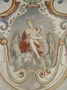 Detail of the decorations of the wall depicting Nereid (ISAL Photo Archive, photograph by Ferdinando Zanzottera)